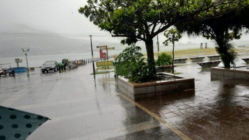 豪雨の淡水