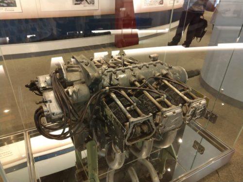 ボクサー6エンジン