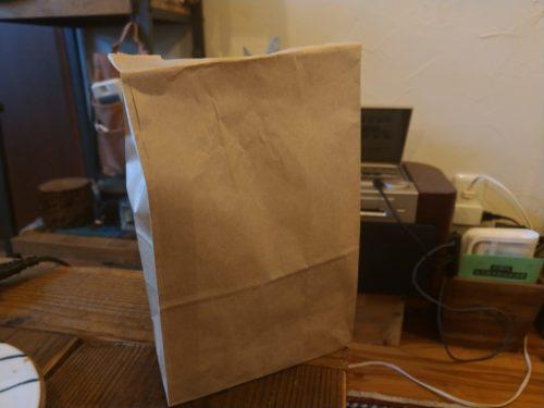 こんな袋に入っています